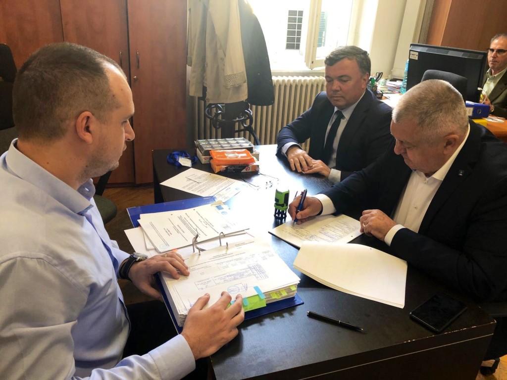 semnare contract Clubul pescarilor